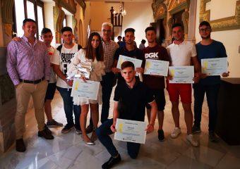 Alumnos de Instalaciones de Telecomunicaciones en el Concurso de Emprendimiento