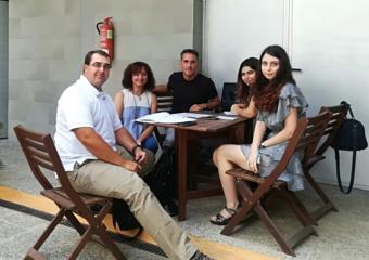 Chris (Auxiliar de conversación), Mary y Gabriela (Voluntarias Erasmus)